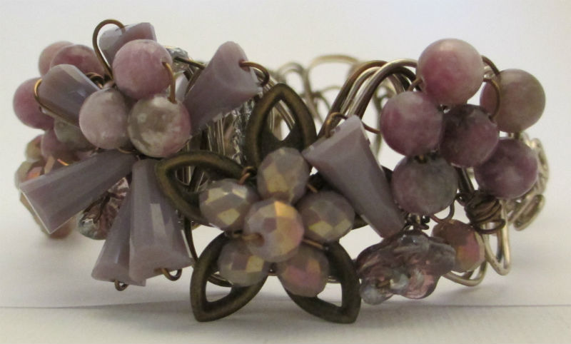 other side view of lavender braided wire bracelet