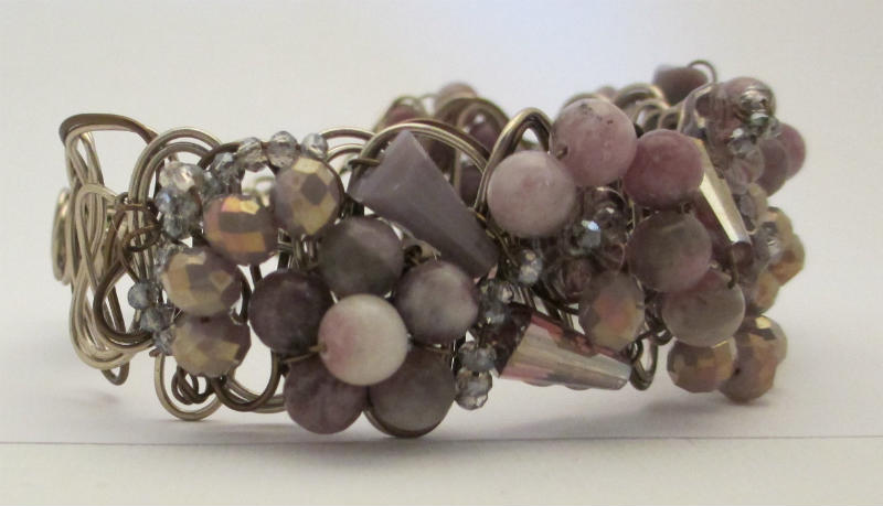 side view of lavendar braided wire bracelet